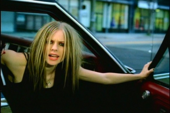 Avril-Lavigne-Don-t-Tell-Me-MV-screencaps-HQ-music-19745140-720-480